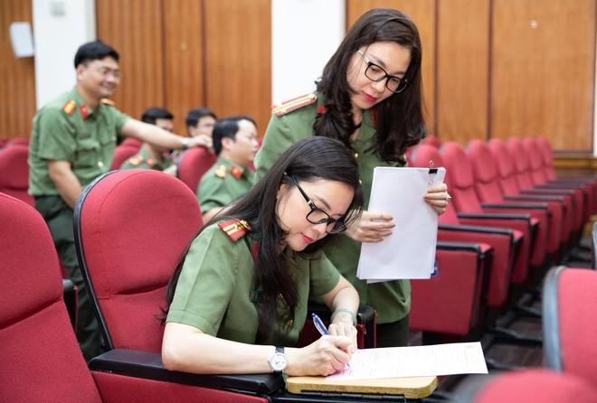 Cán bộ chiến sĩ Cục An ninh Kinh tế tích cực hưởng ứng ngày toàn dân hiến máu tình nguyện ảnh 2