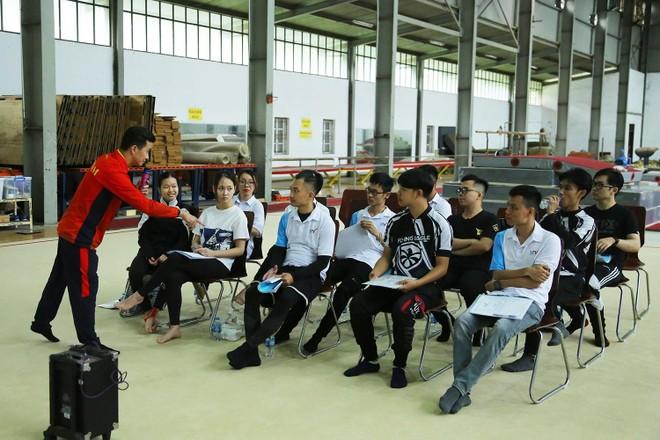 """HLV Trương Minh Sang: """"Thể lực rất quan trọng với trượt băng và roller"""" ảnh 2"""