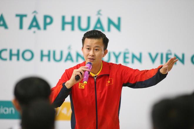 """HLV Trương Minh Sang: """"Thể lực rất quan trọng với trượt băng và roller"""" ảnh 1"""