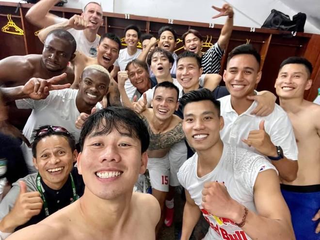 Kiatisak nói gì khi giúp HAGL lần đầu thắng Hà Nội FC sau 4 năm? ảnh 2