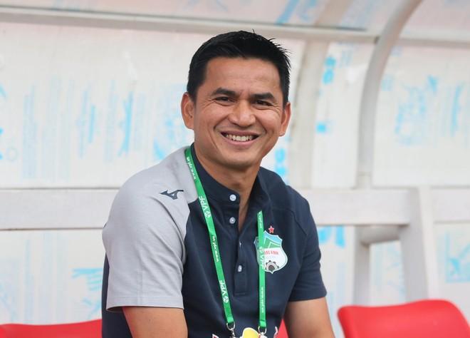 Kiatisak nói gì khi giúp HAGL lần đầu thắng Hà Nội FC sau 4 năm? ảnh 1