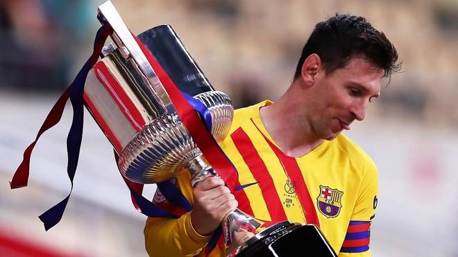 Messi thiết lập hàng loạt kỷ lục mới sau khi đăng quang ảnh 1