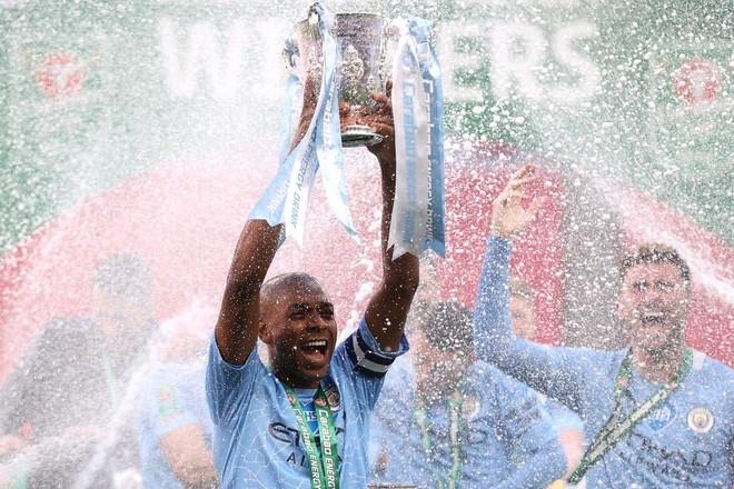 Sút 21 ăn 1, Man City vẫn giành danh hiệu đầu tiên ảnh 3