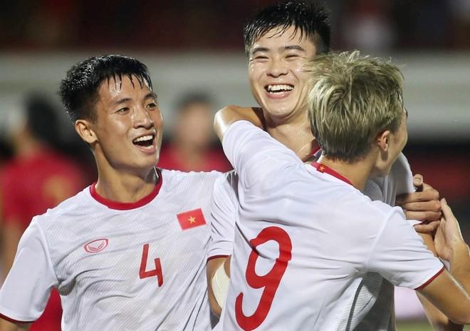 ĐT Việt Nam phải đá vòng loại World Cup lúc... nửa đêm ảnh 1
