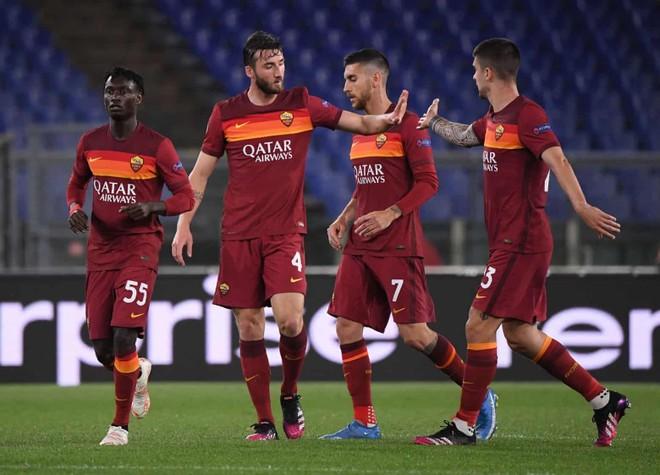 Cavani rực sáng, M.U vào chung kết Europa League ảnh 3