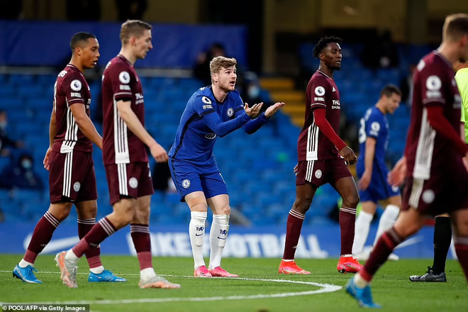 Thắng nghẹt thở Leicester, Chelsea lên top 3 ảnh 1