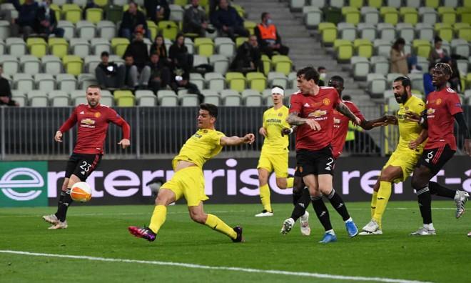De Gea khiến M.U thua 10-11 ở chung kết Europa League ảnh 1