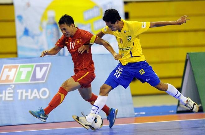 Futsal Việt Nam từng quật ngã ĐKVĐ thế giới Brazil ảnh 1