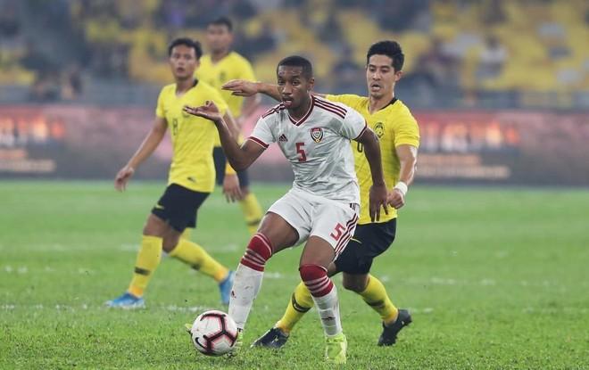 Hàng thủ 'nát tươm', Malaysia lấy gì đấu tuyển Việt Nam? ảnh 1