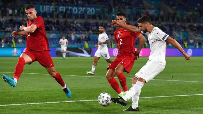Thắng tưng bừng, Italia khởi đầu như mơ ở EURO 2020 ảnh 1