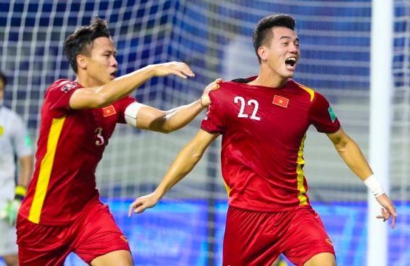 ĐT Việt Nam có nhiều cơ hội dự World Cup 2022 hơn cả ĐT Trung Quốc ảnh 1