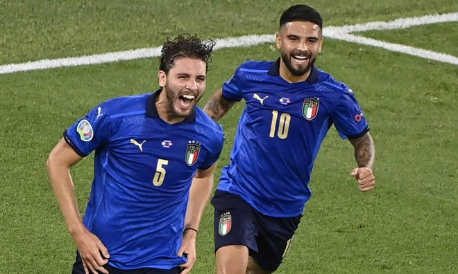 Đè bẹp Thụy Sĩ, tuyển Italia sớm đoạt vé vào vòng 1/8 ảnh 1