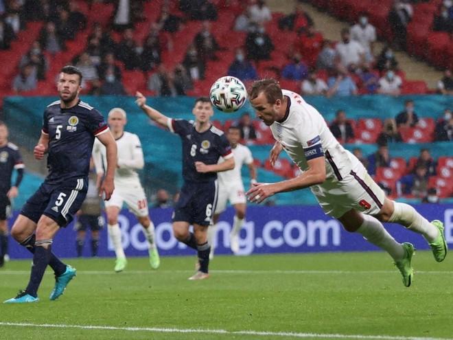 Harry Kane vô hại trong trận hòa bạc nhược của tuyển Anh ảnh 2