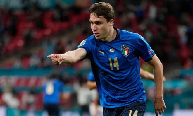 Nghẹt thở thắng ở hiệp phụ, Italia hú vía đoạt vé tứ kết ảnh 3