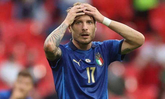 Nghẹt thở thắng ở hiệp phụ, Italia hú vía đoạt vé tứ kết ảnh 2