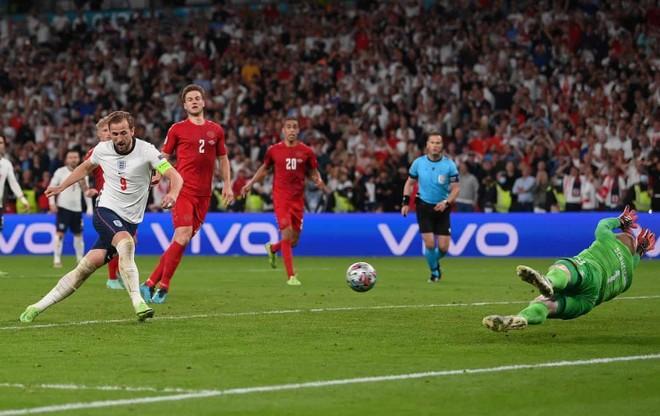 Thắng nhọc ở hiệp phụ, ĐT Anh lần đầu tiên vào chung kết EURO ảnh 4