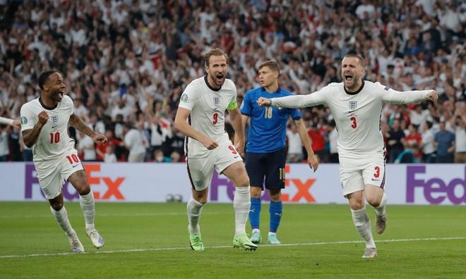 Thua luân lưu 11m, tuyển Anh dâng cúp vô địch cho người Ý ảnh 1