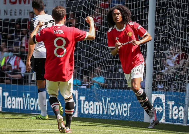 Sao trẻ ghi bàn, M.U hạ đội bóng của Rooney ảnh 1