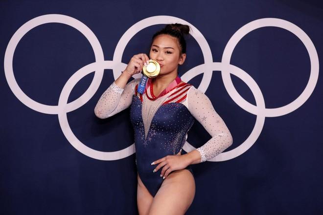 Kỳ tích cô gái dân tộc H'Mông giành HCV Olympic ảnh 2