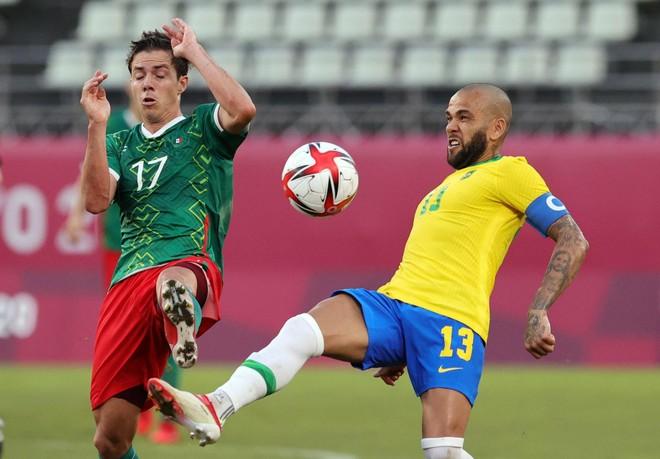 Lần thứ 3 liên tiếp vào chung kết Olympic, Brazil đụng Tây Ban Nha ảnh 1