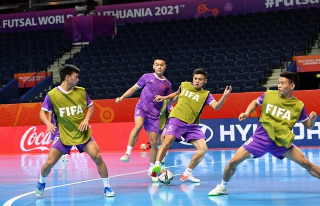 ĐT futsal Việt Nam chuẩn bị thế nào cho trận gặp ĐT Nga tối nay? ảnh 1