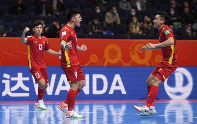 Chơi kiên cường và thua Nga sát nút, futsal Việt Nam ngẩng cao đầu rời World Cup ảnh 3