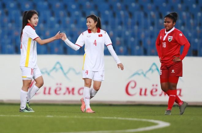 Tuyển nữ Việt Nam thắng 16-0 ở giải châu Á ảnh 1