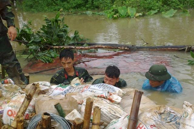 Mở đập Thanh Liệt cứu ngập ngoại thành Hà Nội ảnh 1