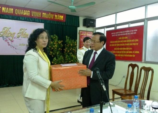 Bí thư Thành ủy Phạm Quang Nghị thăm, chúc Tết CAP Lê Đại Hành ảnh 1