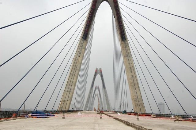 Hà Nội: Chính thức hợp long cầu Nhật Tân ảnh 1