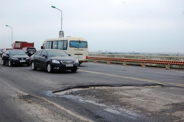 """Xin sửa mặt cầu Thăng Long, Tổng cục ĐBVN bị Bộ trưởng Đinh La Thăng """"tuýt còi"""" ảnh 1"""