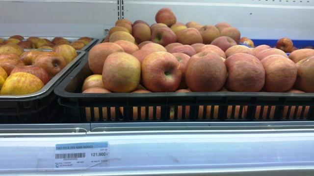Lê, táo để nửa năm không hỏng là... bình thường! ảnh 1