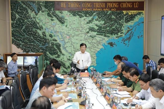 Bão số 5 giật cấp 13 sẽ đổ bộ khu vực Quảng Bình- Đà Nẵng ảnh 1