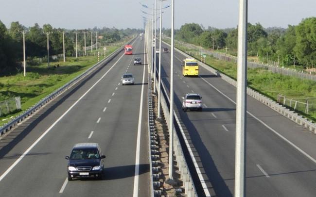 """Bộ trưởng giao thông lo ngại về vốn """"rót"""" vào các dự án cao tốc Bắc-Nam ảnh 1"""