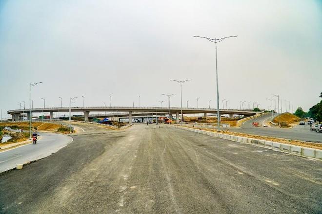 Chuẩn bị thông xe nút giao 400 tỷ giữa vành đai 3 trên cao và cao tốc Hà Nội- Hải Phòng ảnh 1