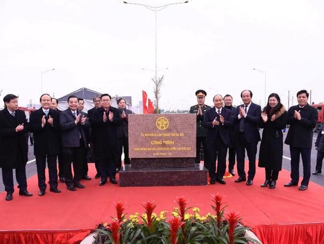 Khành thành nút giao đường vành đai 3 với cao tốc Hà Nội-Hải Phòng ảnh 1