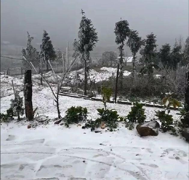 Bắc bộ vào giai đoạn rét khô nắng hanh sương muối, tuyết rơi ở miền núi phía Bắc ảnh 1