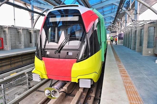 Đường sắt Nhổn-Ga Hà Nội đóng điện ray thứ 3, chuẩn bị chạy thử nghiệm đoạn trên cao ảnh 2