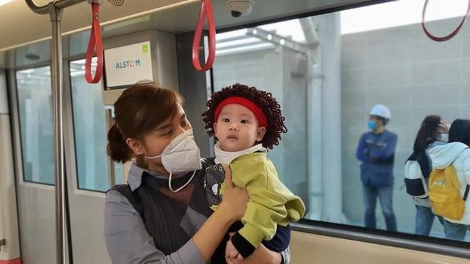 Người dân nói gì về đoàn tàu tuyến metro Nhổn-Ga Hà Nội? ảnh 4
