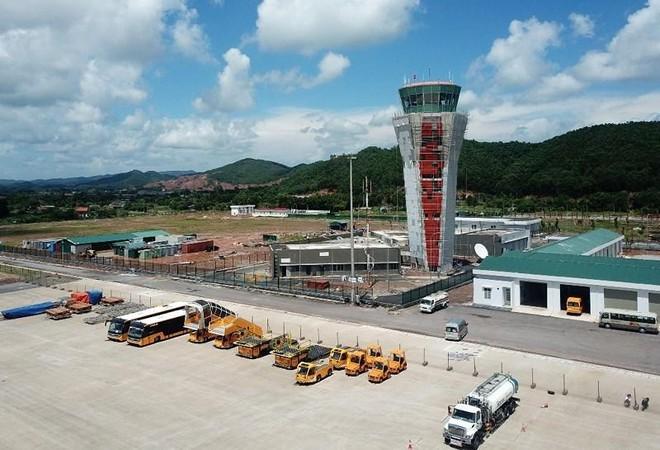 Kiến nghị tiếp tục đóng cửa sân bay Vân Đồn ảnh 1