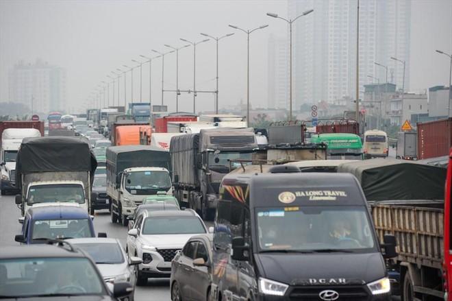 Hà Nội: Giảm tốc độ lưu thông của ô tô, cầu Thanh Trì có hết ùn tắc? ảnh 2