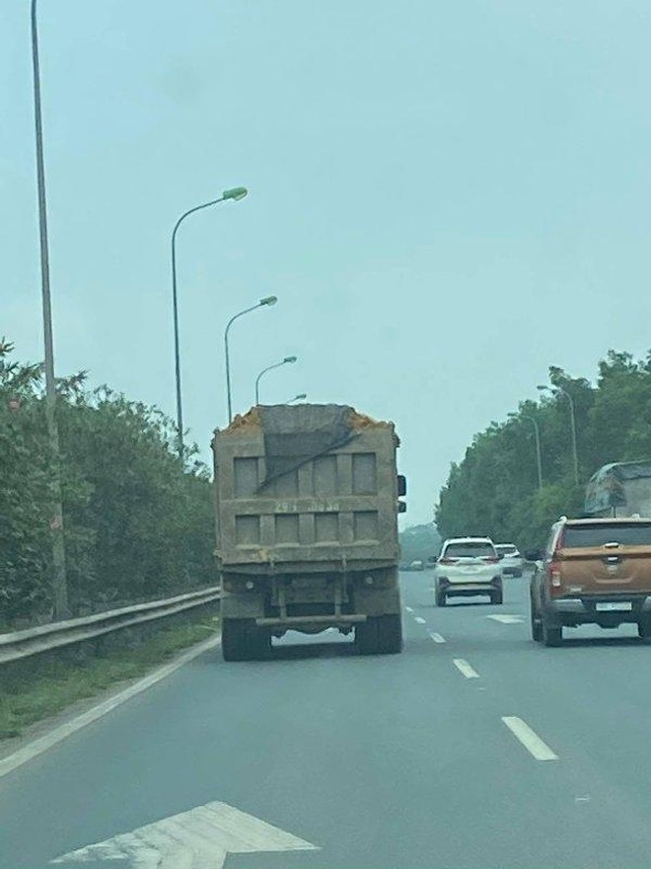 Hà Nội: Dự án làm đường trăm tỷ ở Hoài Đức dùng đất lậu, chủ đầu tư không hay biết? ảnh 1