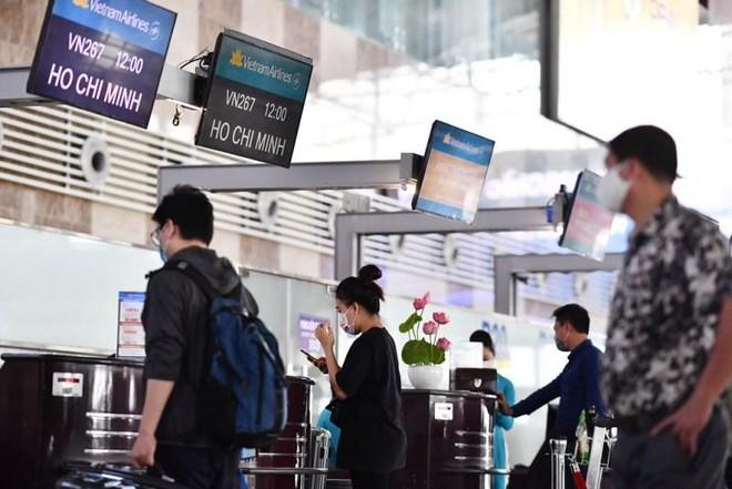 Dịch bệnh tạm lui, hàng không mạnh mẽ tăng chuyến dịp nghỉ lễ 30-4 ảnh 1