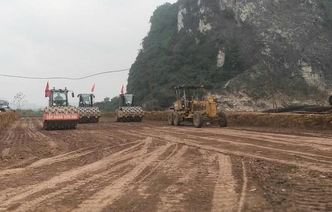 Cao tốc Mai Sơn- quốc lộ 45 tăng hơn 110 tỷ đồng chi phí giải phóng mặt bằng ảnh 1
