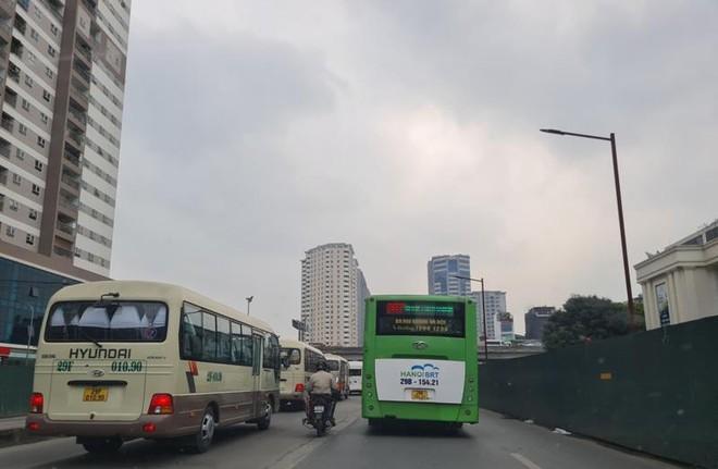 Ông Khuất Việt Hùng: Buýt BRT Hà Nội như vận động viên bị trói chân nhưng vẫn phải thi đấu đỉnh cao ảnh 2