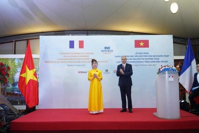 Nữ tỷ phú Vietjet nhận Huân chương Bắc đẩu bội tinh ảnh 2