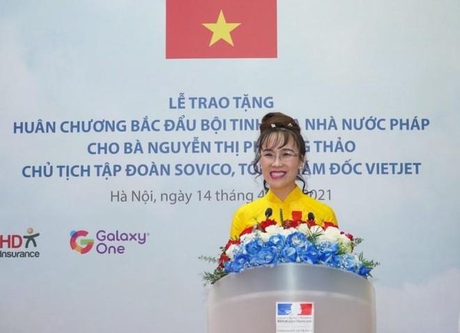 Nữ tỷ phú Vietjet nhận Huân chương Bắc đẩu bội tinh ảnh 1
