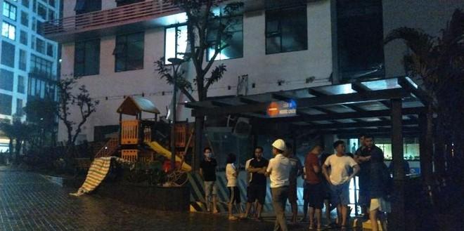 Giàn nóng điều hòa chung cư 97 An Bình Plaza đổ sập tan tành trong đêm ảnh 3