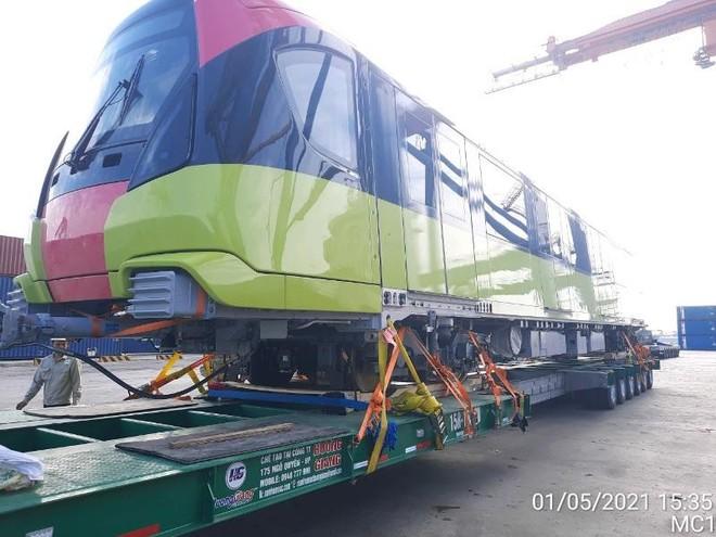 Sự cố tàu Ever Given mắc kẹt làm đoàn tàu Metro Nhổn - Ga Hà Nội về nước chậm nửa tháng ảnh 1