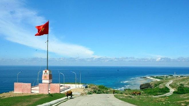 Báo cáo Thủ tướng bổ sung sân bay trên đảo Lý Sơn, Phú Quý vào quy hoạch ảnh 1